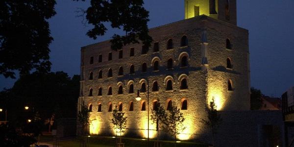 Kulturschloss beleuchtet