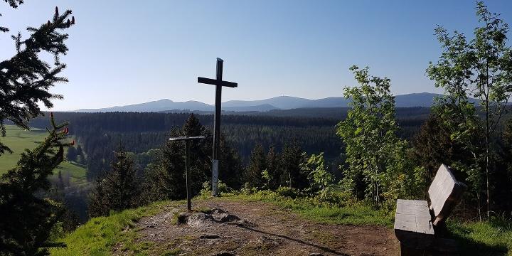 Genießen Sie traumhafte Aussichten #obenimharz (Kapitelsberg Tanne).