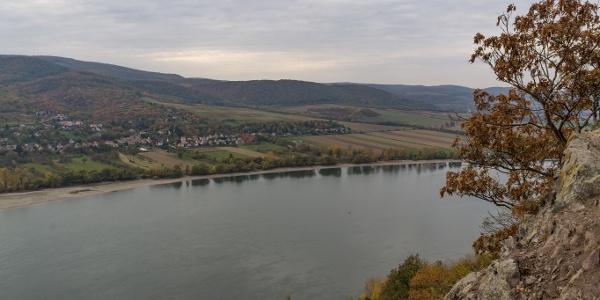 Láb alatt a Duna (Remete-barlang)