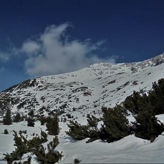 Mt. Meja rising behind the ridge which also leads towards Mt. Rušnati vrh