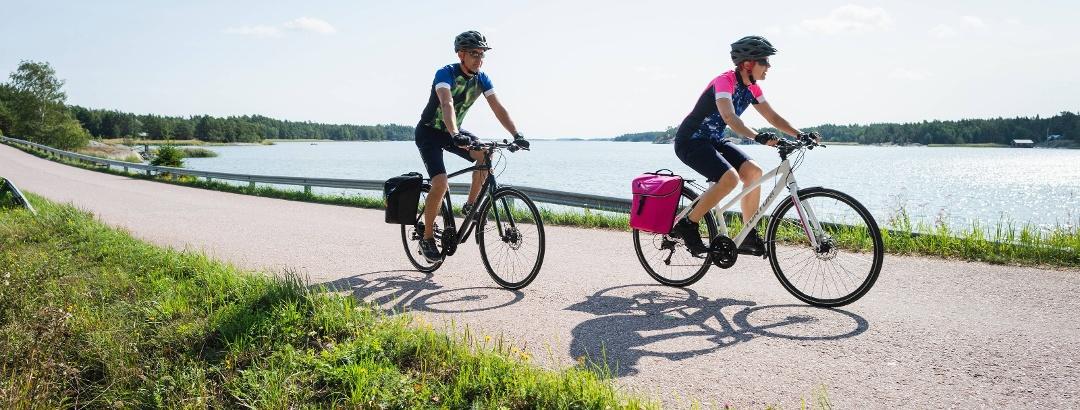Radfahrer auf dem Archipelago Trail