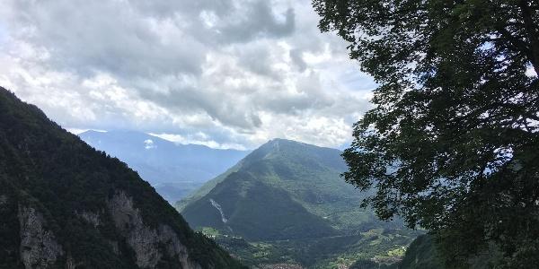 Blick auf das Tal am Ende der Wanderung