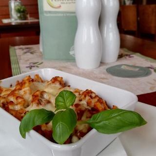 Nudelgericht serviert in der Pestorado Winzerstube