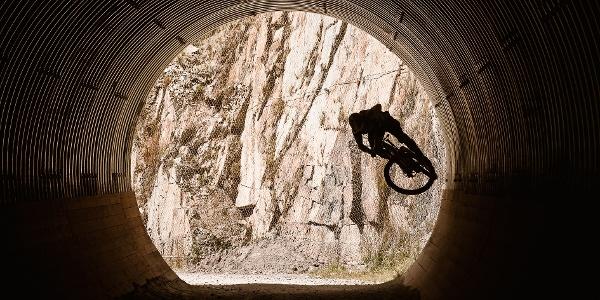 Tunnel, Broate Line