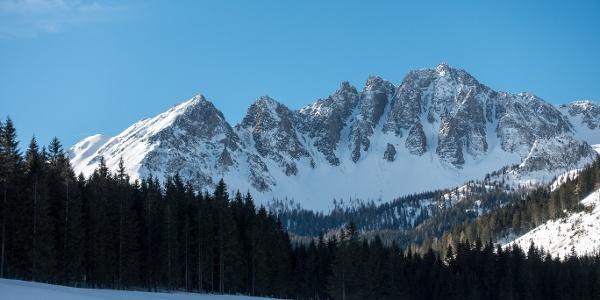 Blick auf die imposanten Gipfel am Talschluss des Triebentals
