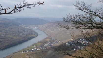 Aussicht ins Moseltal vom Aussichtspunkt Maria Zill