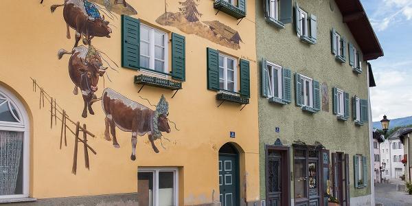 Prächtige Fassaden in der oberen Stadt