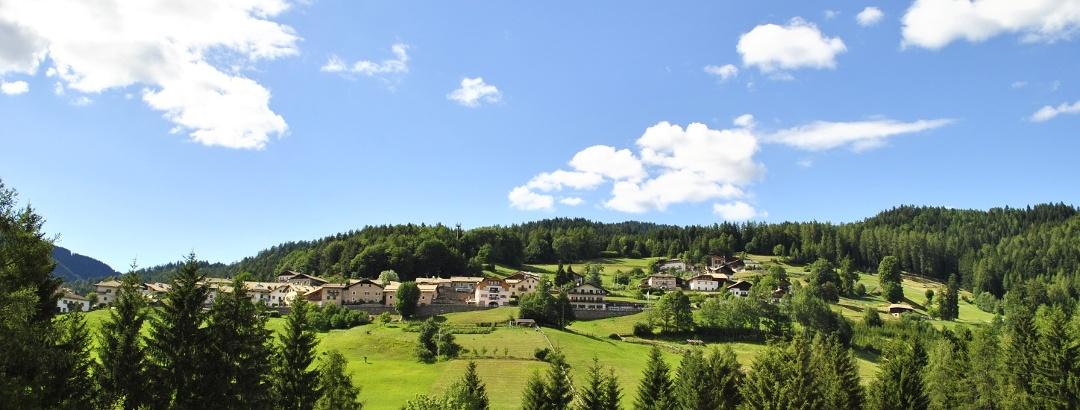 Dorf Altrei