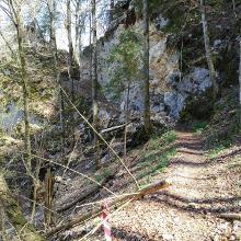 Felssturz kurz vor der roten Brunnenhöhle