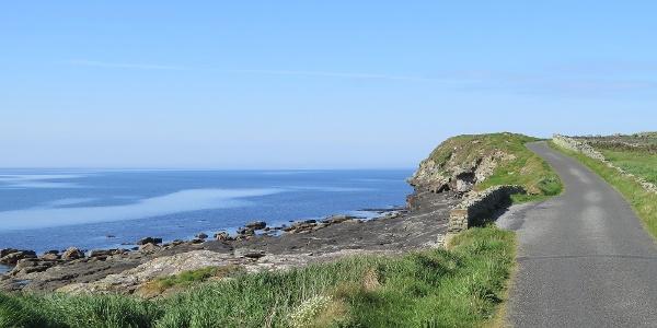 Weg zwischen Liscannor und den Dliffs of Moher
