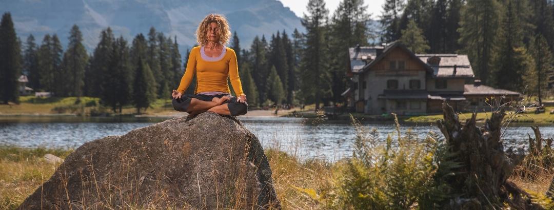 Yoga in den Bergen des Val Rendena
