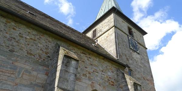 St. Katharinen-Kirche Bergkirchen, seitlich