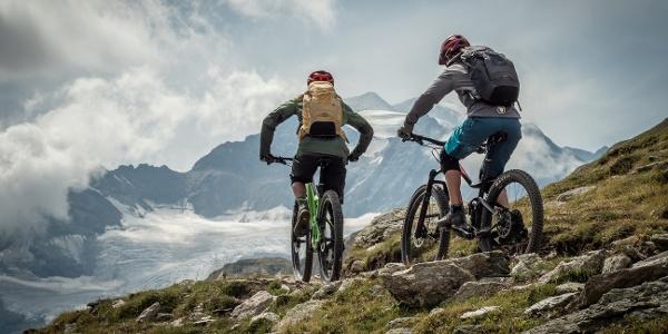 Biker auf dem Fuorcla Minor Trail
