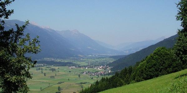 Blick vom Staudachberg ins Gailtal