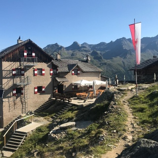 Die Kasseler Hütte in der Rieserfernergruppe