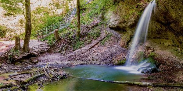 Wasserfall Bäntal bei den Tüfels Chilen