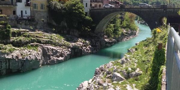 Fluss Soca bei Kanal