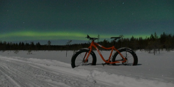 Fat Biking in Martinselkonen, Northern Lights