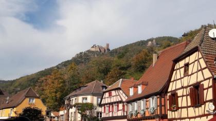 Ribeauville mit der mächtigen Ulrichsburg