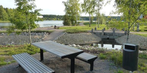Lakeside Route