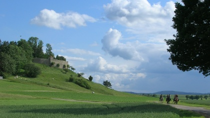 WANDERREITEN RUND UMS RIES - Schloss Alerheim