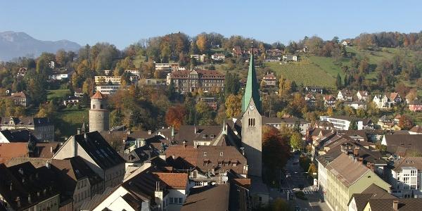 Der Dom St. Nikolaus von der Schattenburg aus gesehen