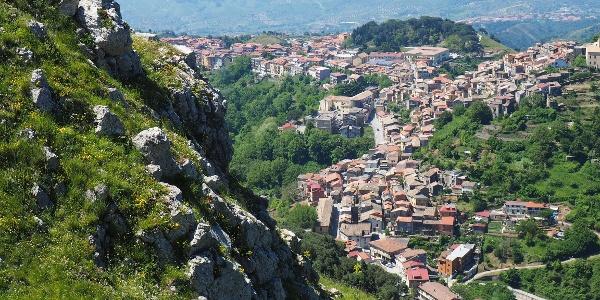 Blick vom Grat nach Tiriolo