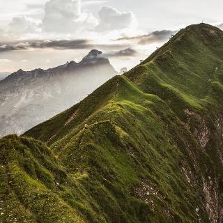 Gratwanderung zum Gipfel der Höferspitze