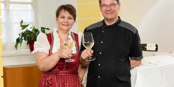 Schlosswirt Schmitz: Claudia und Jürgen Schmitz