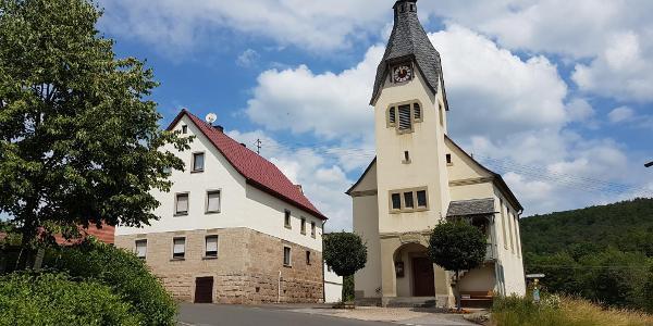 Kirche in Obersteinbach