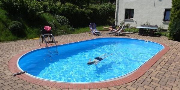 Pool Pumphut's Scheune