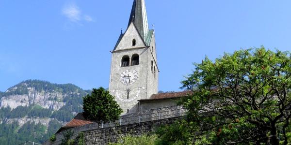 Domat-Ems: Kirche Sogn Gion