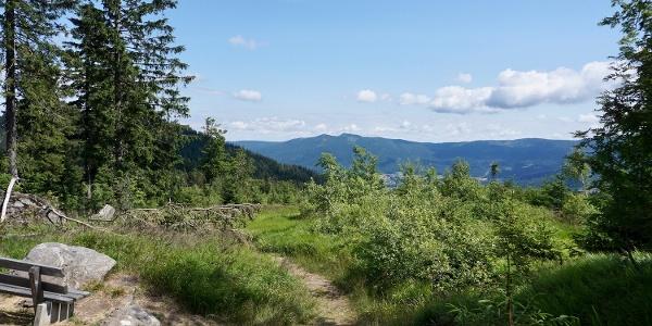 Blick in den Lamer Winkel mit den Osser-Gipfeln