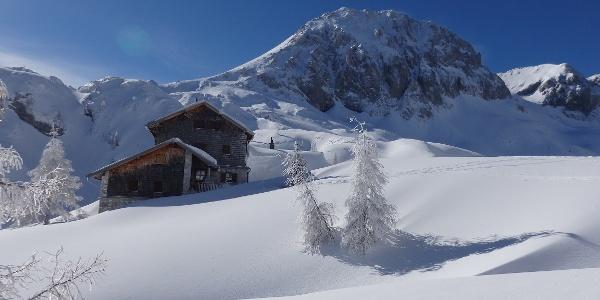 Hütte mit Fritzerkogel