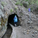 Levada und schmale Tunnel. Taschenlampen und einen Stock zum Abstützen mitnehmen.