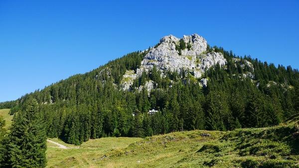 Brünnstein mit Brünnsteinhaus