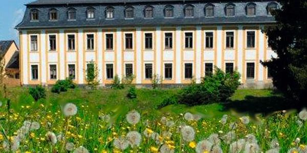 Schloss Leubnitz Parkansicht