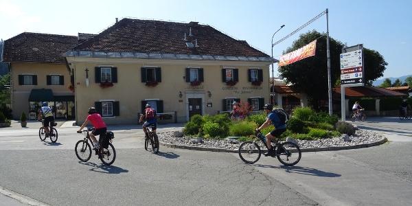 Gasthaus von Saso Arsenik und die Oberkrainer
