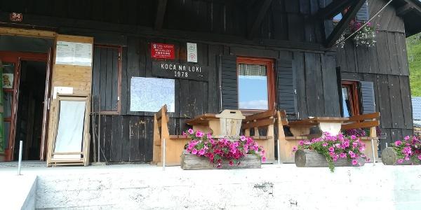 """Start zur 5. Etappe des """"Julius-Kugy-Dreiländerweges"""" auf der Planina Loka"""