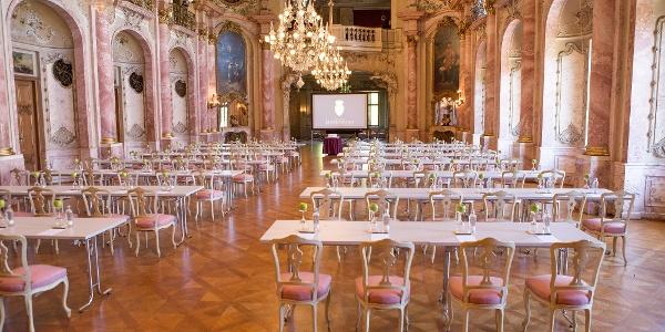 Schloss Bückeburg, Festsaal Tische Stühle