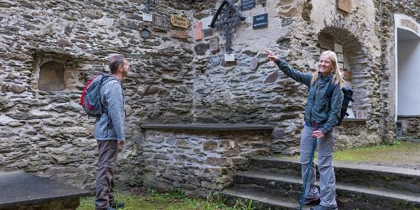 Entdeckungen in der Ruine Hausenborn