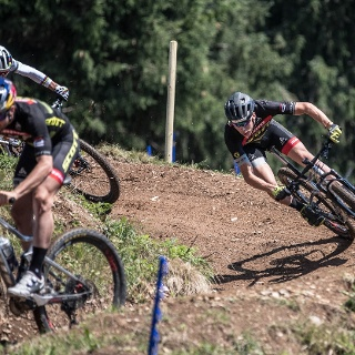 Der Swiss train im Dual Slalom