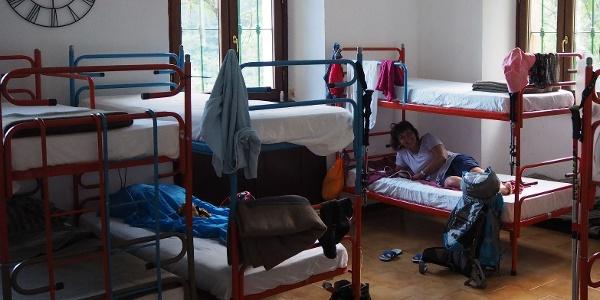 Schlafsaal im Erdgeschoss