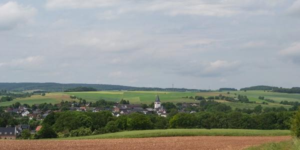 Ausblick auf die Ortschaft Glehn