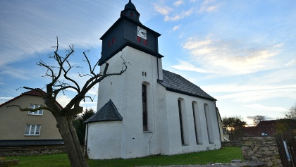 Kirche in Burkersdorf (Harth-Pöllnitz)