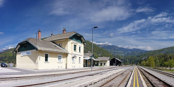 Železniška postaja Bohinjska Bistrica