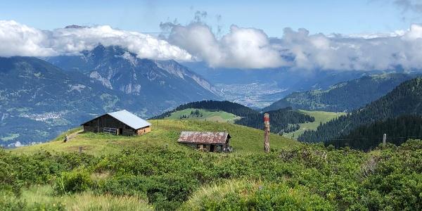 Wunderbar gelegene Dutjer Alp