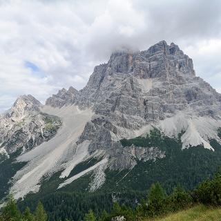 Il Monte Pelmo visto dal Monte Crot