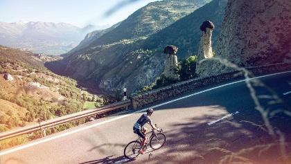Cycliste aux Pyramides d'Euseigne