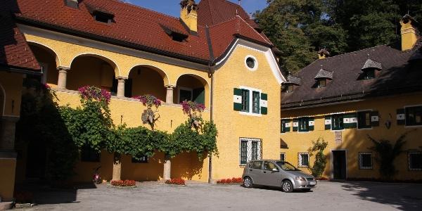 Das Gut Glanegg bei Fürstenbrunn.